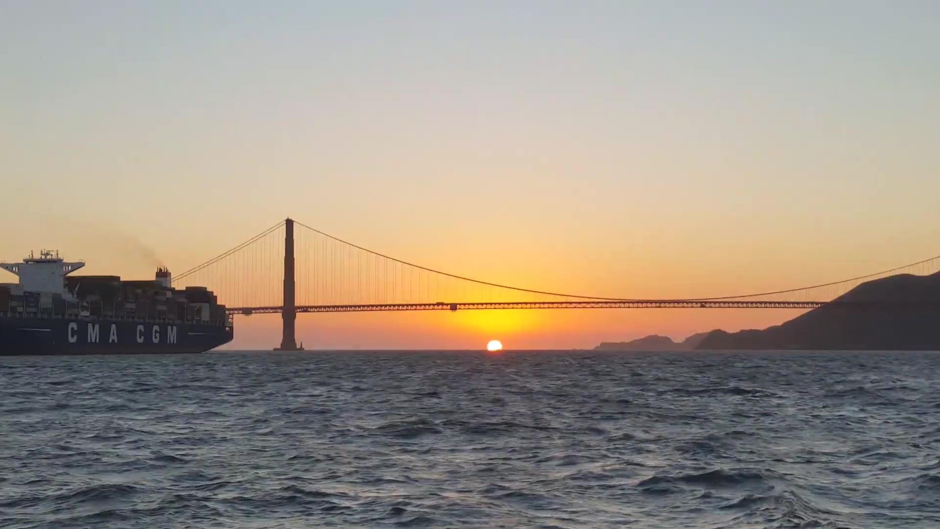 Visit California-thumb